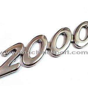 آرم نوشته 2000 برای حجم موتور 2000 سی سی