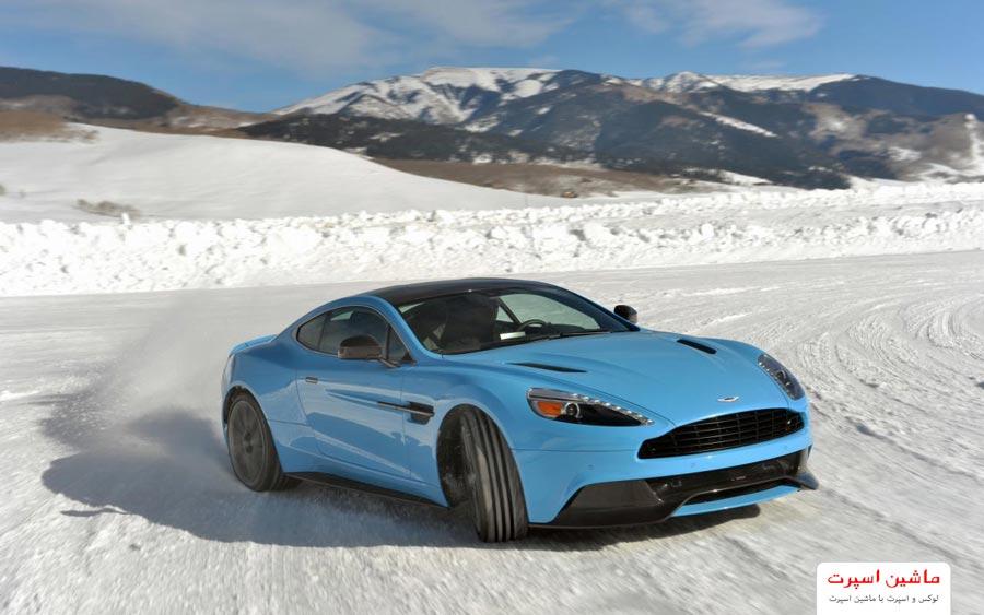 سر خوردن ماشین در برف